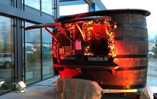 Syskron Krones Weihnachtsfeier Schankfass Glühwein heißer Apfelsaft